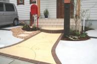 カラーモルタル アプローチ ビー玉飾り アプローチ・階段