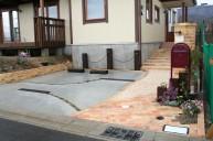 コンクリート土間駐車場 枕木ポイント カーポート・駐車場