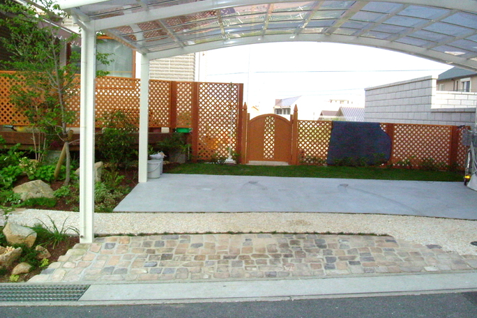 アンティークレンガ、洗出し、コンクリート カーポート・駐車場