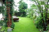 芝生と植栽庭園 ガーデニング