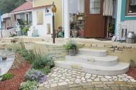 アンティークレンガを組み込んだ可愛らしい階段アプローチ アプローチ・階段