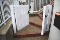 木製オリジナル門扉 2×4材でがっしりと 門柱・門周り