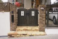 ウッド調樹脂扉 門柱・門周り